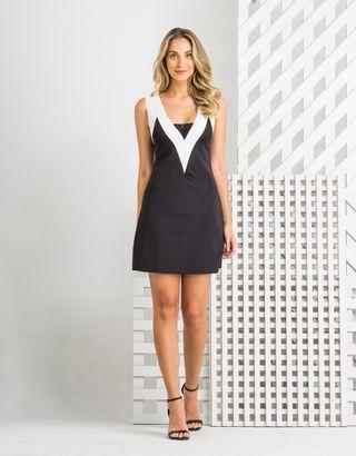 Vestido-Medio-Preto-Branco-Zinzane-012301-01