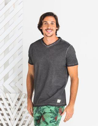 T-Shirt-Gola-V-Cinza-Chumbo-012832-01
