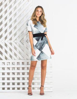 Vestido-Curto-012995-01