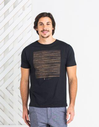 T-Shirt-Preto-013147-01