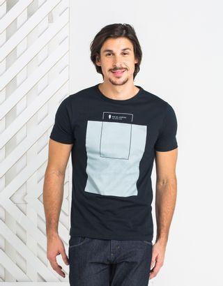 T-Shirt-013148-Preta-01