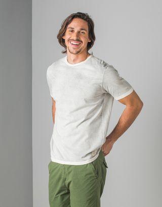 T-Shirt-Cinza-013341-01