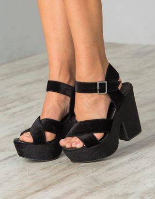 Sapato--Preto--013803-01