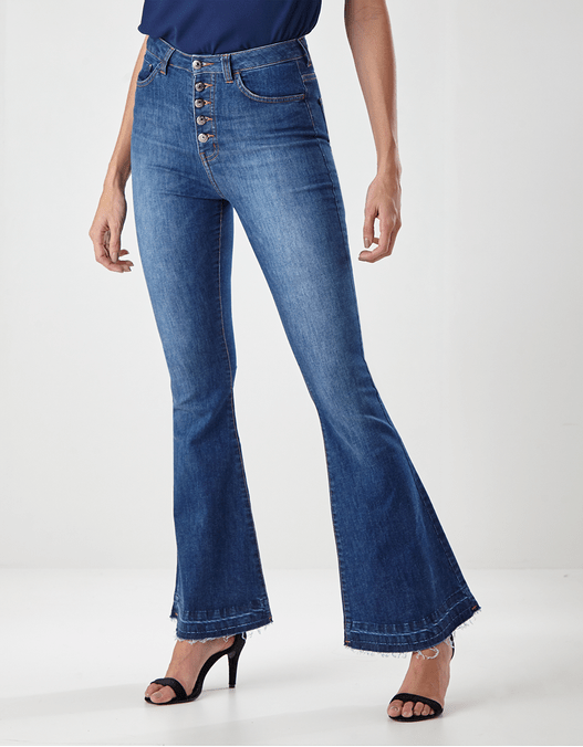 019752_8067_1-CALCA-JEANS-FLARE-BOTOES-APARENTES