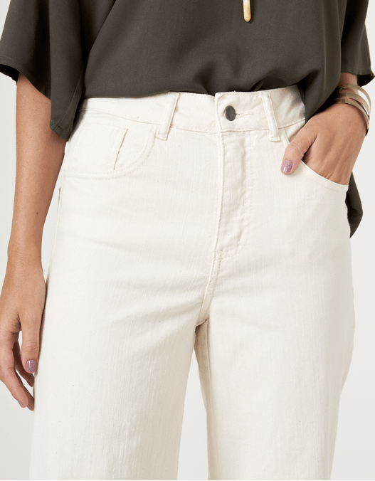 022997_0003_2-CALCA-PANTACOURT-WHITE-JEANS